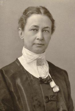 Hilma af Klint, quien durante décadas pintó guiada por los espíritus.
