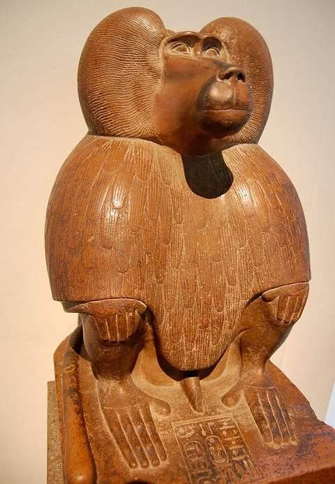 El dios Thot representado como un babuino.