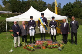 Prize-giving ceremony with Heiner Jeibmann