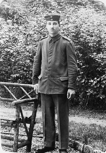 Soldat Leopold Strauß um 1915