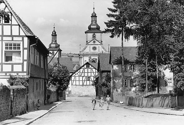 Schlossstraße, rechts Haus Mordechai (Markus) Stern
