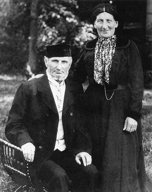 Mendel Braunschweiger mit Ehefrau Hannchen geb. Strauß (Bahnhofstr.)