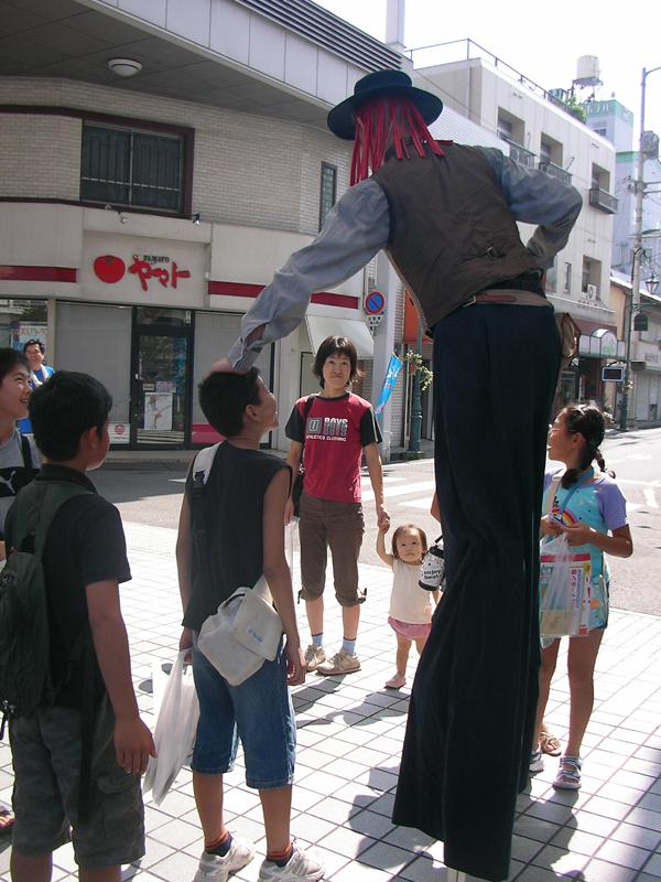 大道芸の共演 nani-sole
