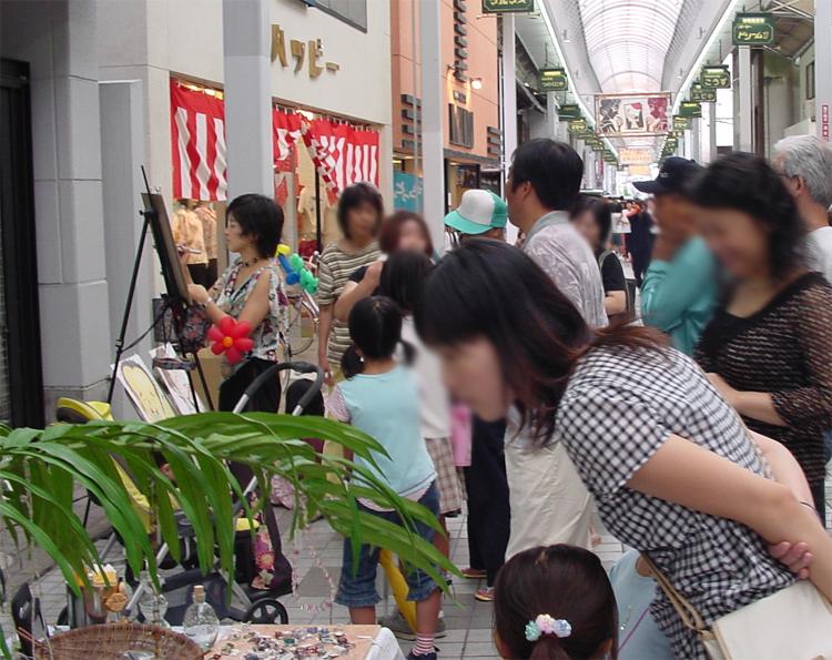 四国中央紙まつり 大道芸の共演