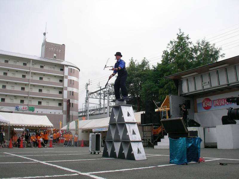 大道芸の共演 riki