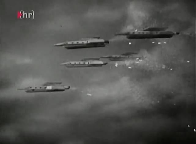 das Serial enthält sehr viele Spezialeffekte wie diese Raumschiffflotte)