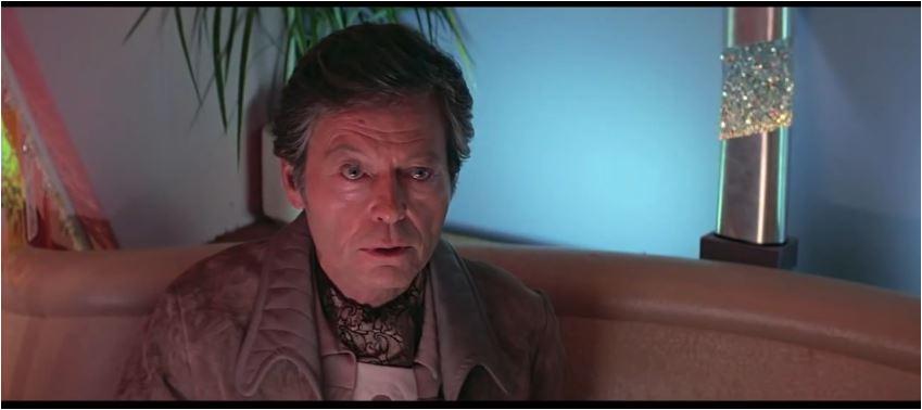 Der Geist von Spock lebt in Dr. McCoy weiter
