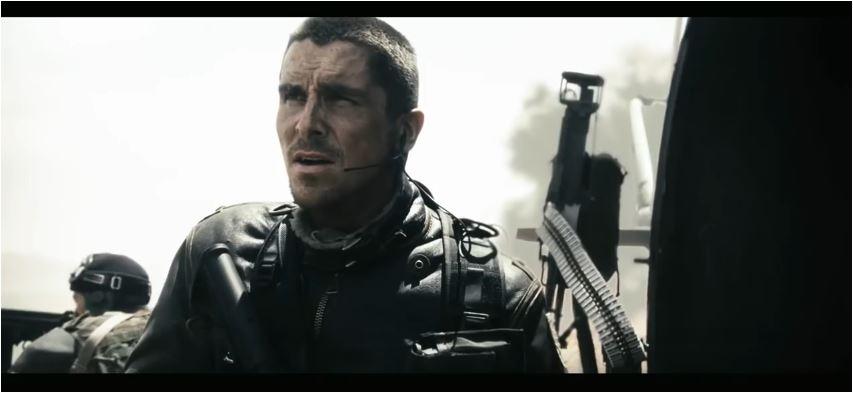 Christian Bale sollte ursprünglich der Held einer neuen Trilogie werden. Die Pläne wurden allerdings nach den eher enttäuschenden Einspielergebnissen auf Eis gelegt