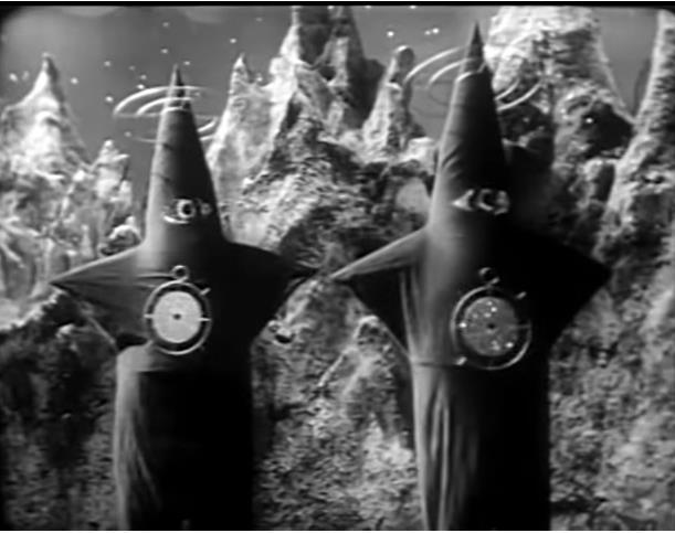 wenn uns diese Seesterne nicht irgendwie bekannt vorkommen... abgesehen von der Farbe erinnern sich verdächtig an die Pairans aus Warning from Space