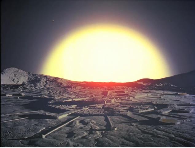 Eine Atomexplosion ungeahnten Ausmaßes treibt den Erdtrabanten aus seiner Umlaufbahn