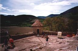 parterres su chateau de Baulx en cours de création