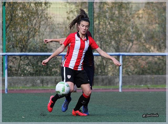 Ane Azkona marcó un póker de goles - Foto archivo: Javi Urola