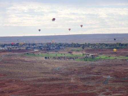 Heißluftballons über Page, Arizona