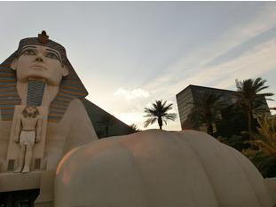 Die Sphinx vor dem Luxor Hotel