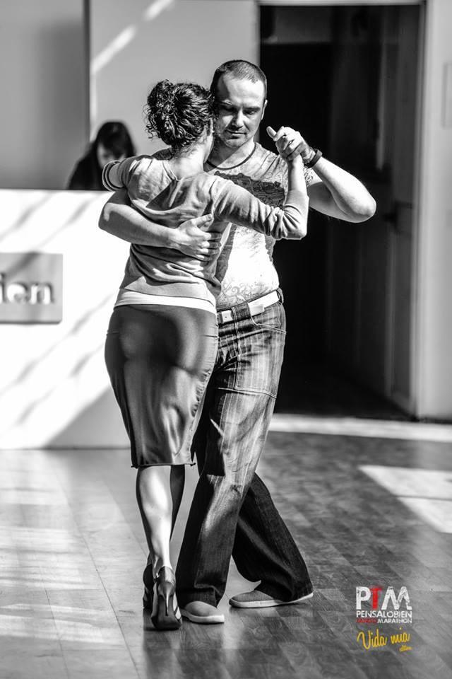 Школа аргентинского танго еТанго (eTango). Преподаватели. Юрий Вердеревский танцует на Pensalobien Tango Marathon (Milan 2016)