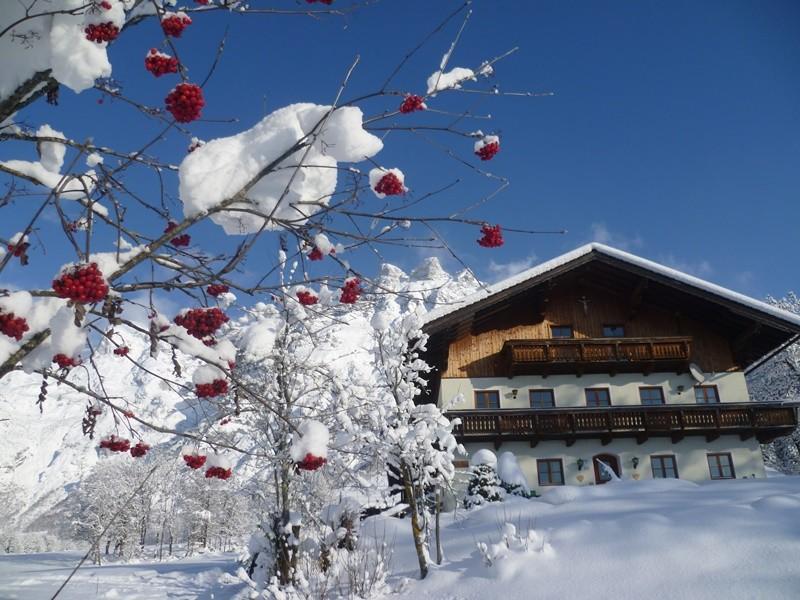 Unser Hof eingebettet im Landschaftsschutzgebiet Tennengebirge
