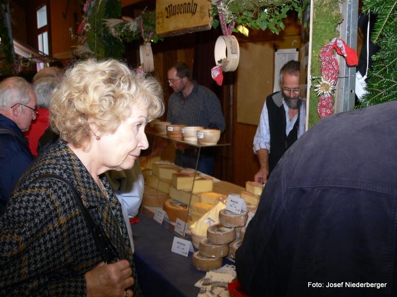 Bestens bekannt ist das Alpbeizli Musenalp, wo ebenfalls wie hier in Beckenried Alpkäse angeboten wird.