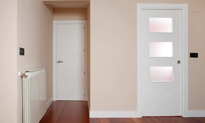 Vigas huecas armariosextremadura for Decorar puertas con molduras