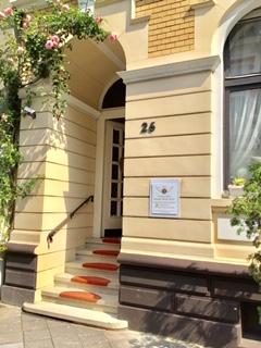 Eingang zum Sprechzimmer Renata Maria Wirtz