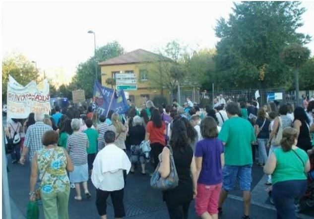 Octubre 2005. Marcha conjunta de los institutos de Vicálvaro en defensa de la educación pública