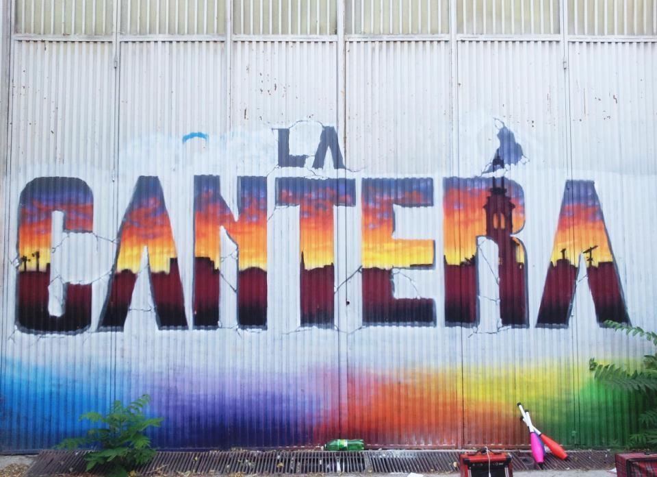 """Marzo 2012. Ocupación del edificio de la calle Titanio, 1, bautizado como """"La Cantera"""""""