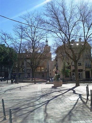 Paseo de domingo por Vicálvaro. 27 de febrero de 2011. Plaza Don Antonio de Andrés