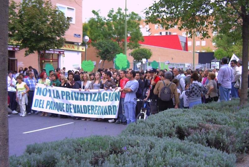 Octubre2009. Manifestación contra la privatización de la gestión del parque de Valdebernardo