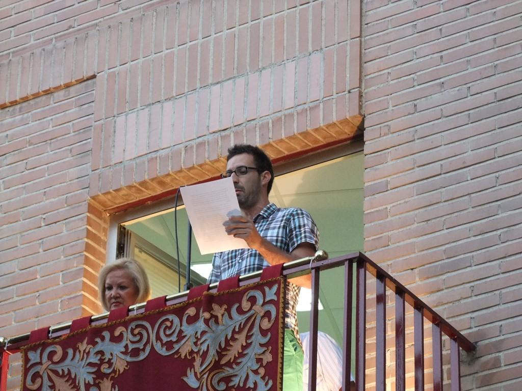 Pregón del capitán del CD Vicálvaro. Fotografía cedida por Valentín González. Asociación Vicus Albus