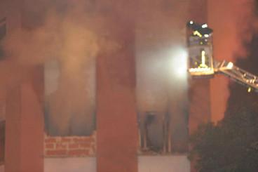 Octubre 2012. Primer incendio en el edificio abandonado de la calle Titanio, 1.