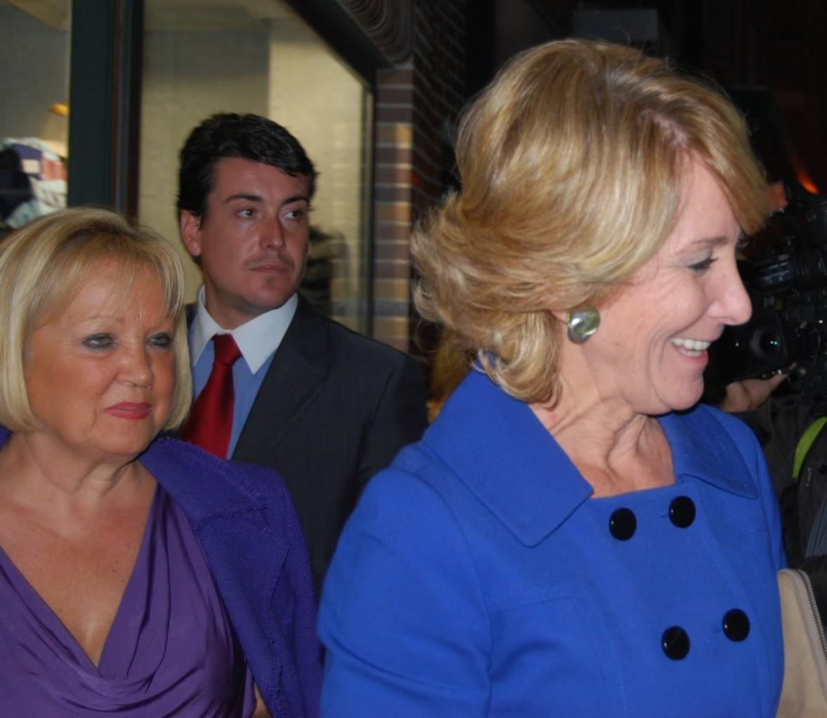 Octubre 2010. Esperanza Aguirre visita Vicálvaro