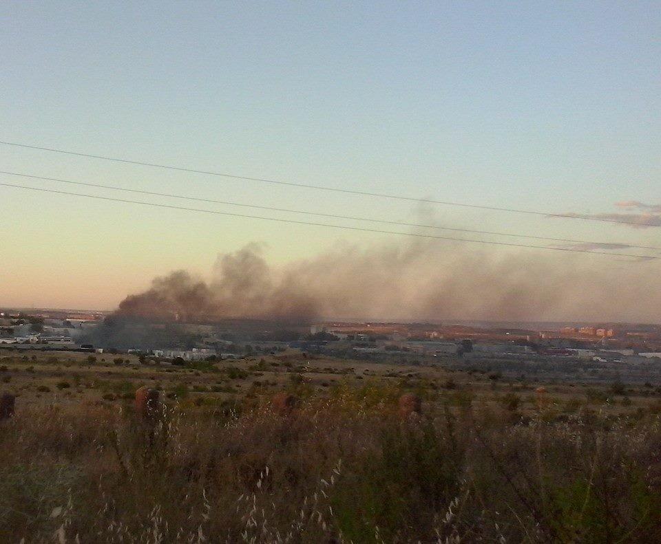 Incendio en La Dehesa (Imagen: Mari Carmen Moreno)