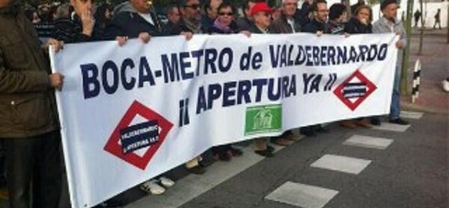 Cabecera de la manifestación (publicada en Twitter por @AccionKombativa)