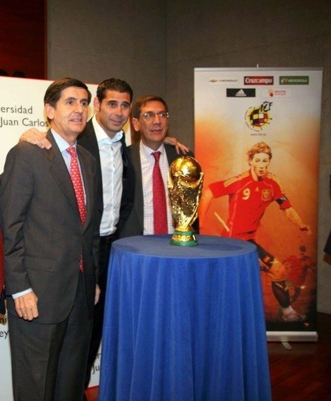 Noviembre 2010. La Copa del Mundo visita Vicálvaro
