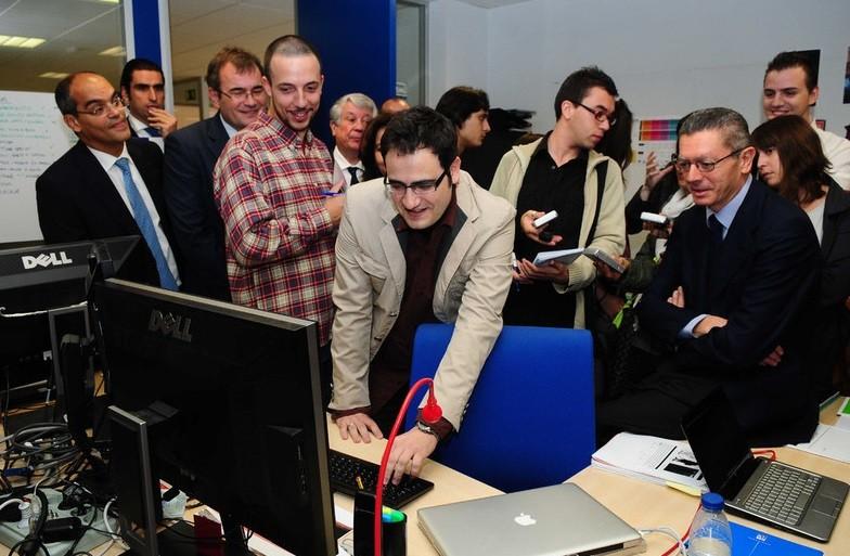Octubre 2010. Gallardón visita el Vivero de Empresas de Vicálvaro