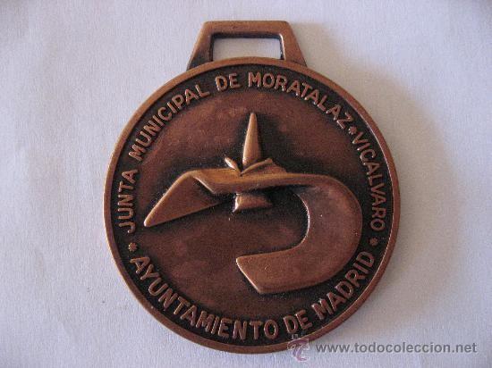 Una medalla realizada para la entonces Junta Municipal de Moratalaz-Vicálvaro (Imagen de todocolección.net)