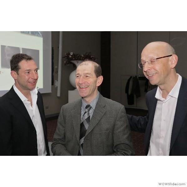 Thomas Hahne im Gespräch mit den ersten beiden Referenten des Tages Oliver Brix und Patrick Rutten.