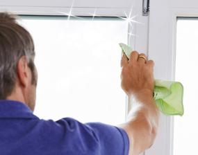 Laveur de vitres à Nantes