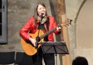 Barbara Weyman - Gitarre und Gesang