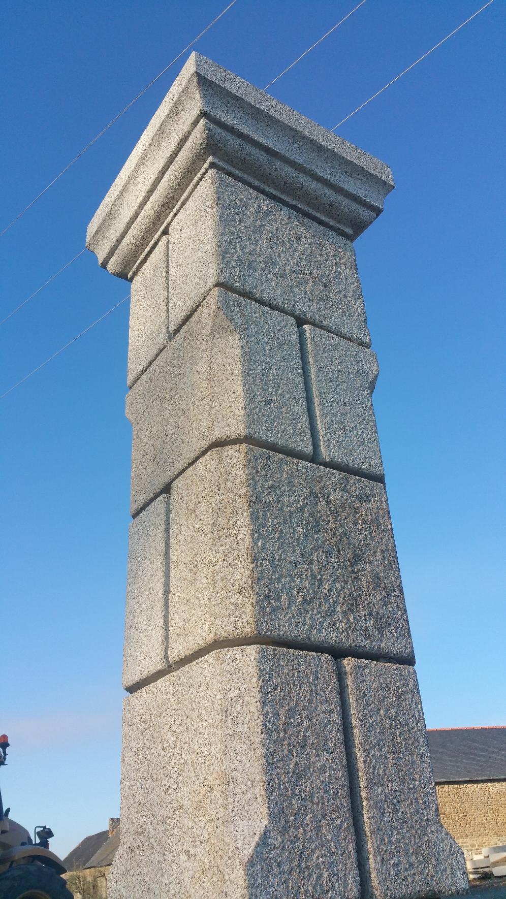 Pillier granit
