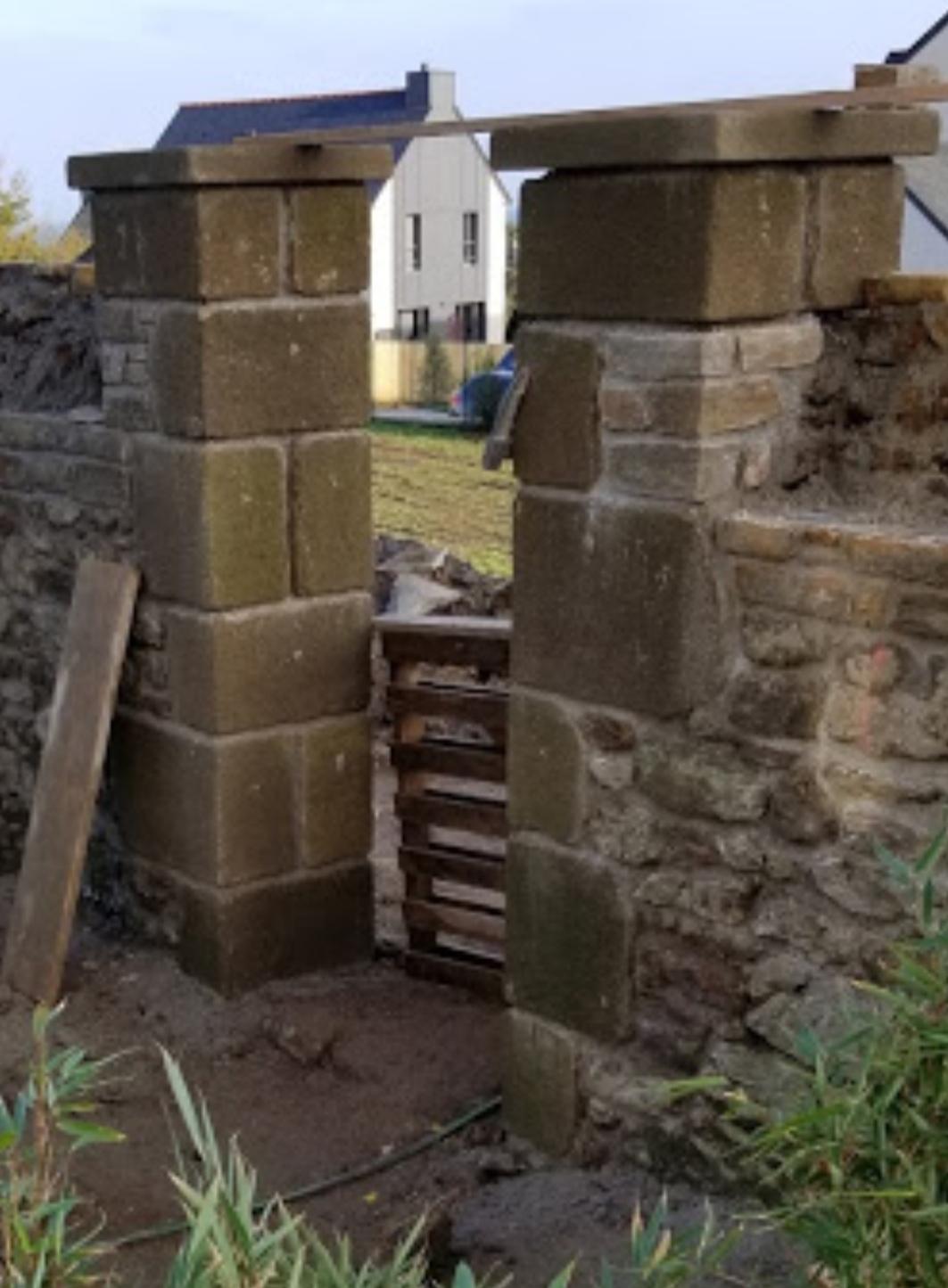 pilier  granit pierre finition ancien vieilli