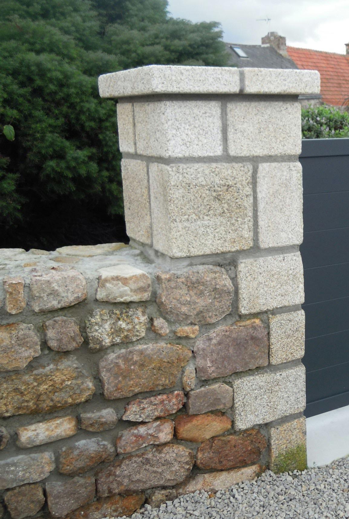 pilier pierre granit beige