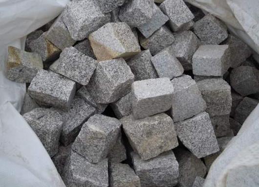 pave granit gris finition éclaté