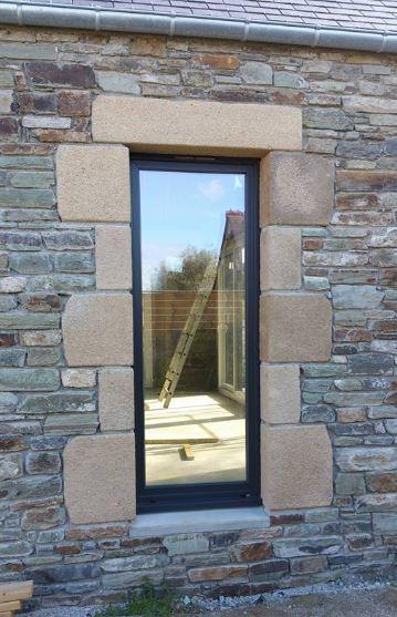 encadrement pierre granit