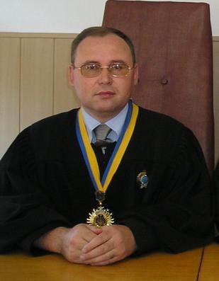 Голова суду Андрій Антонов. Фото - офіційний сайт Чутівського районного суду Полтавської області