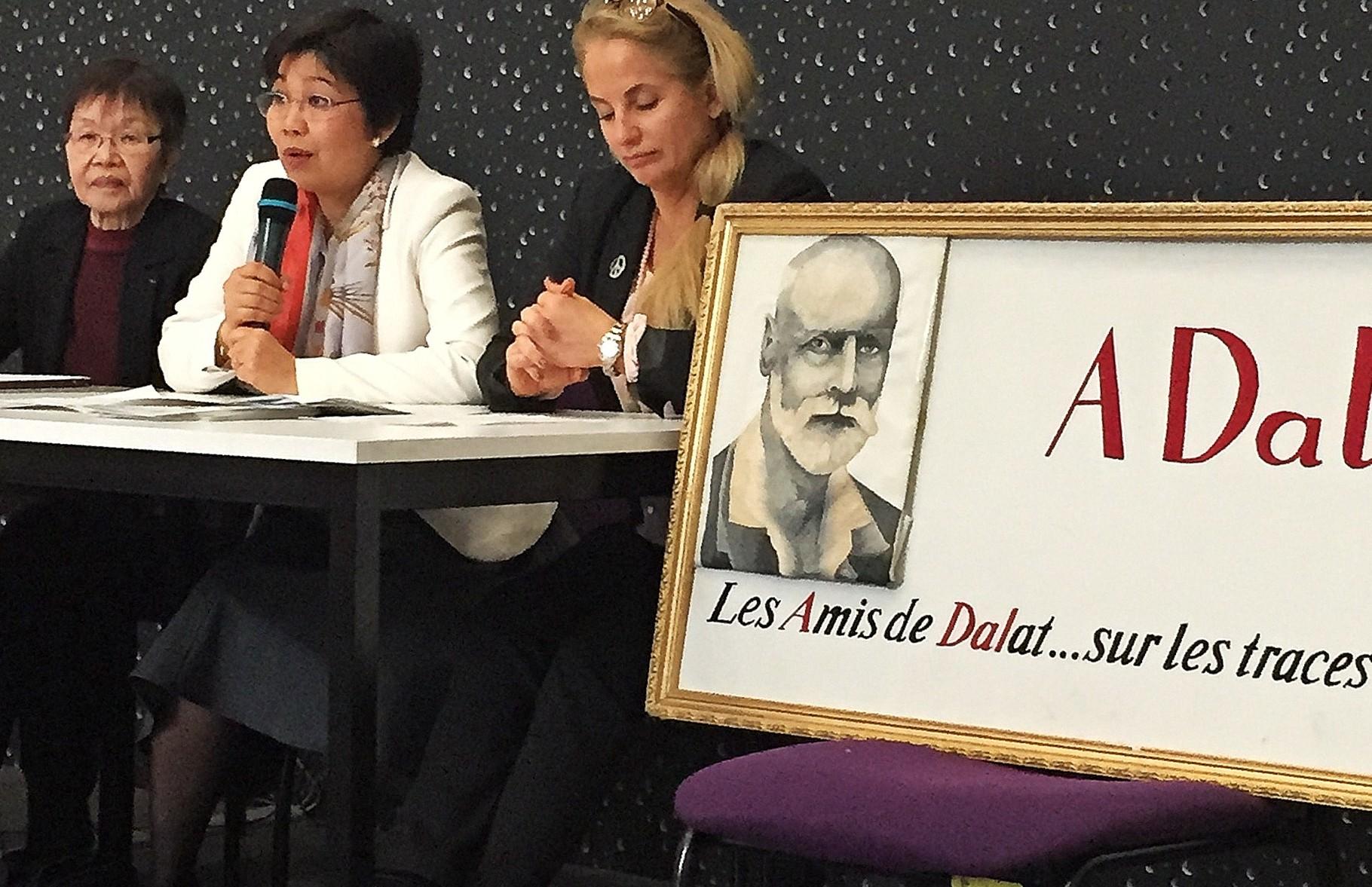Mesdames Thât Peel fondatrice de l'ACFV à gauche, Seng Bisiou pour Montpellier Business School et Clare Hart Presidente de Face Herault pour la CCI de Montpellier à droite