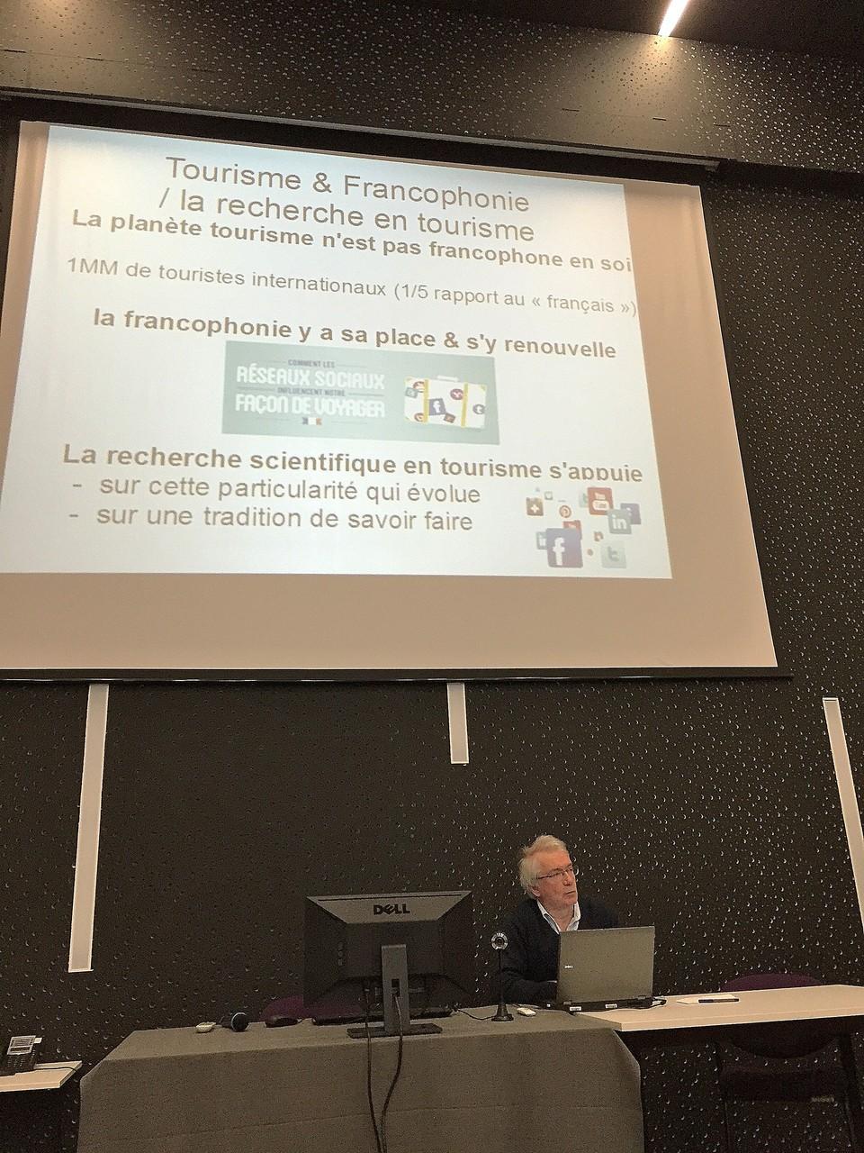 Mr Phillipe Bachimon : Professeur de géographie du tourisme à l'Université d'Avignon et des Pays de Vaucluse, chercheur au Laboratoire ESPACE-DEV