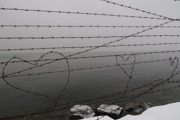 Herzen aus Stacheldraht, Patarei, Tallinn