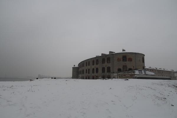 Seefestung und Gefängnis Patarei, Tallinn im Winter