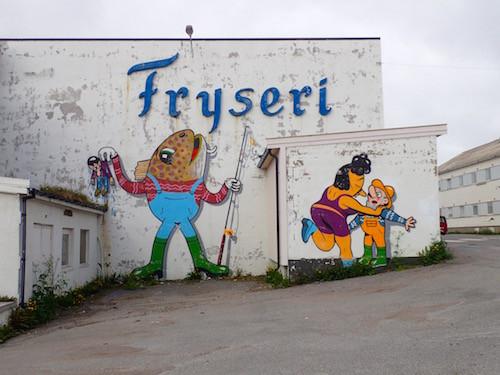 Fryseri und Streetart, Vardø, Norge