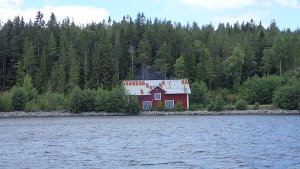 Haus vom Wasser aus...